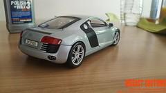 Audi R8 V8 (diecast_customs) Tags: auto art chevrolet vw mercedes s ferrari cadillac m turbo bmw pontiac audi hummer rs v8 e55 s4 opel amg rs4 v6 118 s5 rs6 s6 kompressor kyosho v5 e63 s8 burago bburago masserati autoart rs5 rs8 s c63 lambirghini