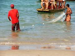 pesca e turismo... sobrevivncia! (Ruby Ferreira ) Tags: brazil reflection net praia beach brasil fishermen raft ripples reflexos portodegalinhas jangada northeastbrazilian