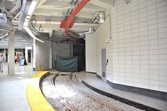 DSC_1427 (billonthehill2001) Tags: boston subway mbta governmentcenter greenline blueline