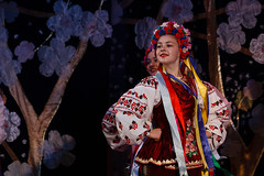 2016-05-14_Dance_034672 (l0pht) Tags: barvinochok dance ukraine art attractive clothes concert costume dancer embroidery ensemble ethnic folk kyiv many national performance performer pretty red show stage tradition ukrainian young