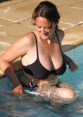 59 (teddyvial) Tags: sexy giantess mature bbw