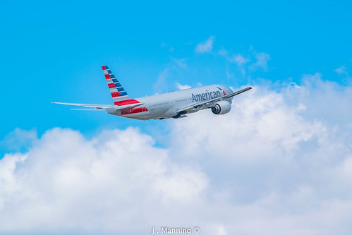 American Airlines Boeing 777
