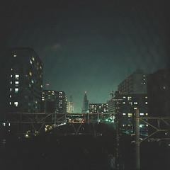 Through the wire (seeaurora) Tags: film night kodak railway hasselblad portra160 線路 フィルム planar80mm ブローニー ハッセル