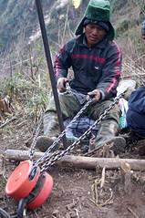 Construction worker, Fansipan (Miss Jessica Rose) Tags: trek vietnam sapa fansipan