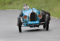 20140502 Limonest Rhône - 100 ans du GP de Lyon - Bugatti 35 -(1925)-002B (anhndee) Tags: france frankreich rhône classiccars rhonealpes voituresanciennes limonest gpdelyon