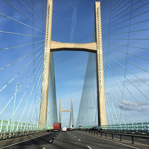 Cool bridge between Wales and England - long drive south today :) #upsticksandgo #longdrive #uk #bridge #travel #wales #england #travelgram #travellingtheworld #secondseverncrossing #riversevern #michfrost