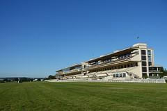 Race track @ Pelouses de l'hippodrome d'Auteuil @ Paris (*_*) Tags: park city morning summer horse paris france europe sunday july sunny racing parc hippodrome 2016 auteuil