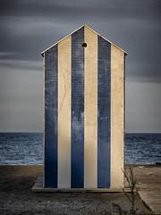 _7250518-Editar (josem_alvarez25) Tags: playa banco y negro mar caseta palmeras olympus omd em10