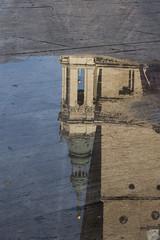 11 Un charco (Photo Sonntags) Tags: haiku zaragoza reflejo lalonja charco elpilar lvm juegolvm