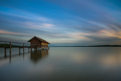 Stegen am Ammersee (thomasfejeregyhazy) Tags: sunset lake nature landscape bayern bavaria see sonnenuntergang outdoor ngc natur landschaft ammersee stegen htten