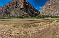 Family visiting Santa Elena Canyon