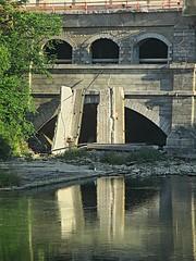 Aqueduct monster (DannyAbe) Tags: rochester bridge aqueduct broadstreet eriecanal geneseeriver reflection arches