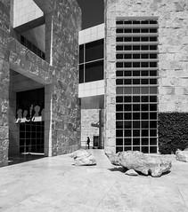 Getty Center (Maciek Lulko) Tags: getty gettycenter richardmeier meier contemporaryarchitecture california architecture architecturephotos architektura architektur architettura architekturawspczesna nikon nikond800 tamron1530 tamron losangeles la californiaarchitecture modernism modernarchitecture