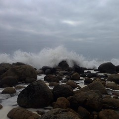 12 () Tags: beach playa paisaje vsco chile sur south rocas rocks water cloudy waves