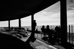 Eastbourne Bandstand (Splat Photo) Tags: eastbourne bandstand bw silhouette