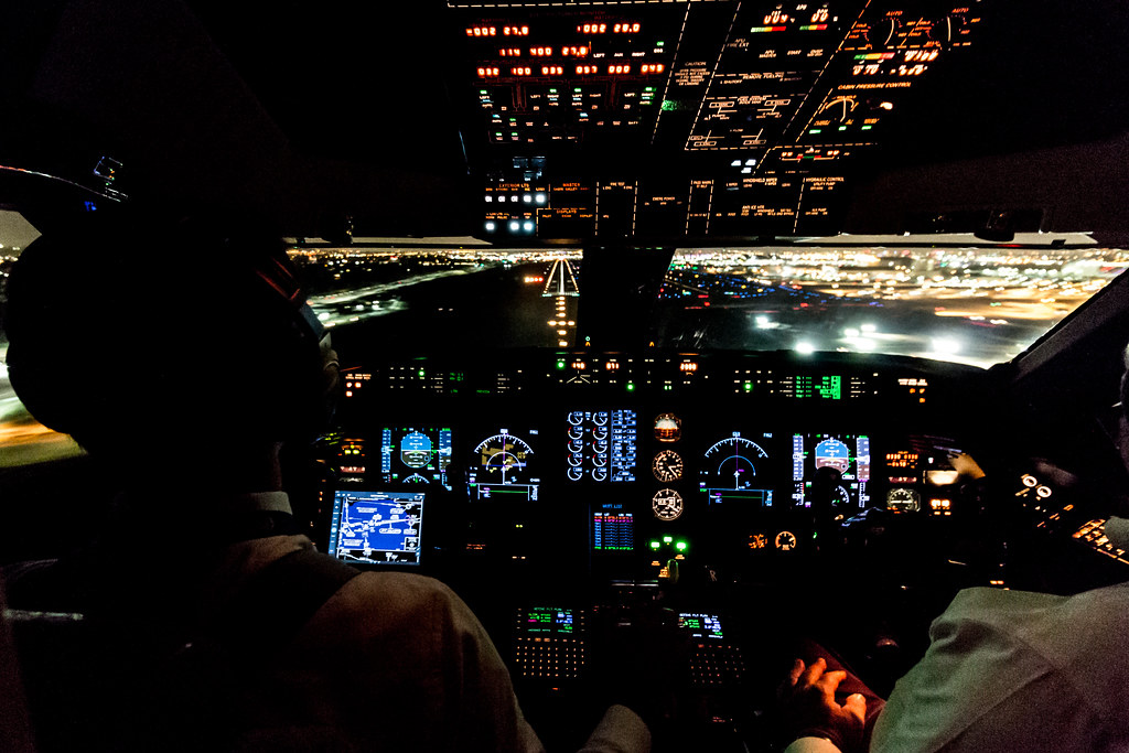 the world s newest photos of cockpit and gulfstream Gulfstream G550 Cockpit Gulfstream G650