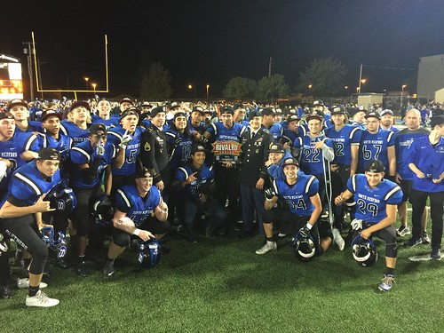 """South Medford vs North Medford • <a style=""""font-size:0.8em;"""" href=""""http://www.flickr.com/photos/134567481@N04/29417452804/"""" target=""""_blank"""">View on Flickr</a>"""