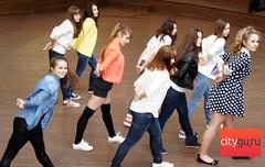 Танцевальный флешмоб в Оранжевом от Академии Танца в Саратове