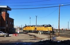 Union Pacific North Yard (atjoe1972) Tags: railroad train colorado denver sp unionpacific locomotive riogrande emd gp382 553 drgw gp151 northyard atjoe1972 y586