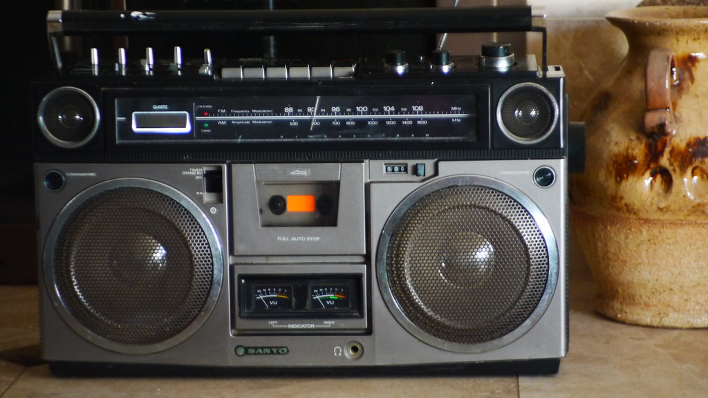 the world 39 s best photos of 80s and ghettoblaster flickr hive mind. Black Bedroom Furniture Sets. Home Design Ideas