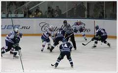 vs    Dinamo Moscow vs SKA (Dit is Suzanne) Tags: hockey referee 21 russia 33 10 moscow 14 ska icehockey captain puck faceoff defense moskou defence forward 73 87 rusland eishockey    ijshockey defenceman views200 scheidsrechter defenseman  khl img6158  canoneos40d luzjniki  viktortikhonov maximchudinov  konstantingorovikov leokomarov   filipnovak skasaintpetersburg sigma18250mm13563hsm 27092013 hcdynamomoscow seizoen20132014 season20132014 kontintentalhockeyleague   filipnovk  maximpestushko   hcdinamomoscow luzhnikismallsportsarena   ditissuzanne    filipsnovks     20132014