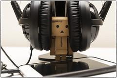DANBOARD (whwh) Tags: light music australia headset amazoncojp danboard sb910 nikonafsnikkor2485mmf3545gedvr nikond610
