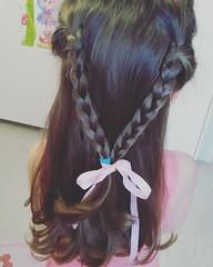 ;!  #mommyjammi #mombloggergr #momblogger #bloggerlife #kidsfun #daughter #playtime #hair #hairstyle #hairsalon #_ (marialiodou) Tags: hairstyle mombloggergr hair mommyjammi kidsfun daughter hairsalon  momblogger playtime bloggerlife