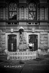 MONO1607 (H.M.Lentalk) Tags: leica m typ 246 monochrome summilux summiluxm 28mm 28 f14 14 114 11428 oz aussie australia australian street sydney black white people urban life city asph