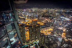Drawing Me Closer (Tim van Zundert) Tags: kowloon hong kong china cityscape landscape skyline city night evening long exposure sky100 international commerce centre icc buildings skyscraper towers sony a7r voigtlander 21mm ultron urban
