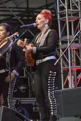Mariachi Flor de Toloache @ Lincoln Center (j-No) Tags: nyc female women guitar manhattan spanish acoustic upperwestside strings fiddle hispanic bandshell lincolncenter vocal damroschpark mariachiflordetoloache