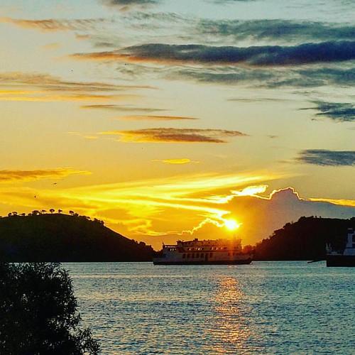 Pagi dari poto tano #goodmorning #selamatpagi #sunrise_and_sunsets #sunrise #fav_skies #ig_sun #azphotos