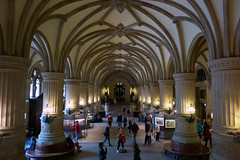 The Rathaus (Lobby), Hamburg (David_Leicafan) Tags: 24mmelmaritasph lobby indoor interior bosses ceiling martinhaller hamburg cityhall rathaus