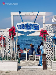 Cafe (izmirde1sehzade) Tags: notes travel seyahat turkey aegean izmir urla yosun deniz gneli mavi gkyz nefis enfes sky sunny sea moss seaweed lonely outdoor cafe denizat