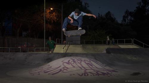 Juan Bermudez - Kickflip