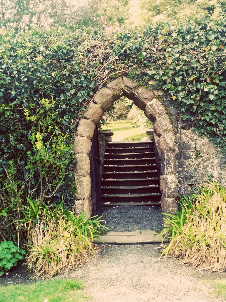 A Princess Arch (soulfulpoignant) Tags: Ireland Irish Gardens Garden Gate  Arch Path Secret