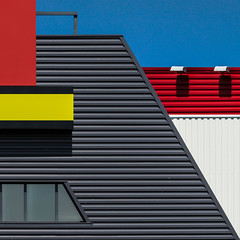 Rennes : minimalism architecture (Hervé Marchand) Tags: blue red lines yellow architecture jaune rouge colours geometry couleurs bretagne minimal bleu mondrian rennes ligne 522015week17outtakes