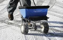 Come mai quando nevica si butta il sale? (pasquale37) Tags: sale neve acqua ghiaccio scienza scienze