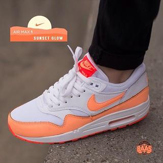 buy popular 5fce4 ac244  nike  nike  airmaxone  airmax1  am1essentials  sneakerbaas  baasbovenbaas  Nike Air