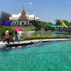 ไหว้พระ ทำบุญ วันหยุด 🙏🙏🙏#วัดหลวงพ่อโต #วัดสมเด็จพระพุฒาจารย์(โตพรหมรังสี) #องค์ใหญ่ที่สุดในโลก #buddhism #โคราช #temple #pool #sky #cloud #nakhonratchasrima #thailand