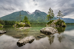 Let yourself be enchanted... (hjuengst) Tags: ramsau hintersee bayern bavaria germany berchtesgaden mountains berge lake see rocks steine trees bume langzeitbelichtung longexposure weitwinkel wideangle 10stopfilter ndfilter