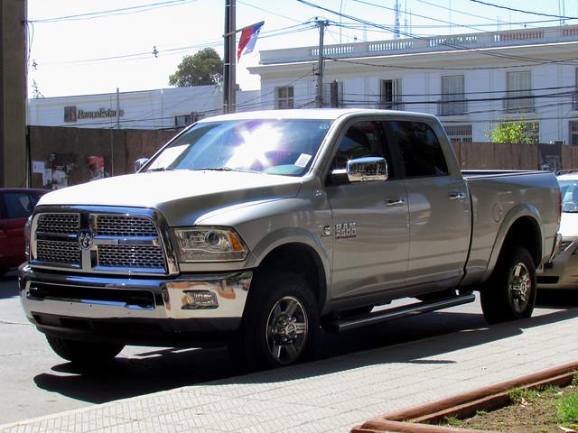 duty pickup dodge ram heavy laramie 2500 camionetas heavyduty 2014 doublecabin dodgeram crewcab ram2500 dodge2500 ramheavyduty ram2500crewcab