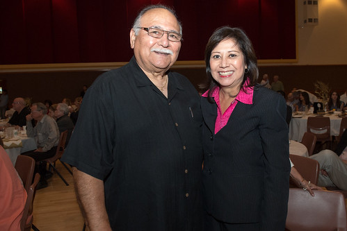 Honoring outgoing Mayor Henry Gonzalez