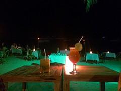Oasis Resort, cocktail sur la plage
