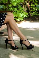 finesse d'un bas nylon (normamisslegs) Tags: bas nylon nylonstrmpfe nude stockings sensualit sensuelle soyeux sensual sandales glamour ff fminit fetish femme feets legs heels talons hauts escarpins lgante extrieur couture dots deniers fashion charme