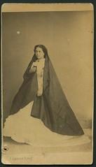"Jean Laurent, ""Retrato de la actriz Amalia Ramrez"" (carte de visite, ca. 1860) (Museo del Romanticismo) Tags: de xix visite carte fotografa siglo romanticismo jeanlaurent"