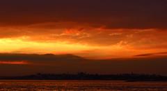 Istanbul at dusk (Harry Szpilmann) Tags: istanbul sunset sky urban estambul dusk atardecer streetphotography turquie turquia turkey bluemosque hagiasofia sultanahmedcamii bosphorus crpuscule