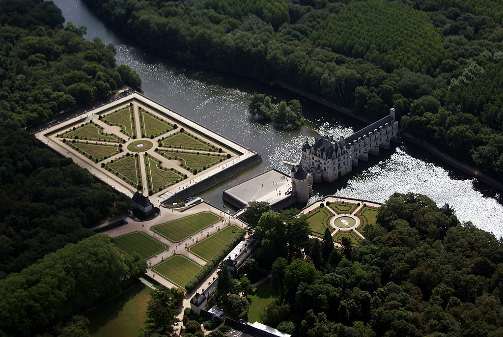 Chateaux Tour No 4 - the reason we are here - Chenonceau