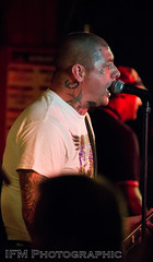 The Old Firm Casuals, 100 Club, London (IFM Photographic) Tags: img0825a canon 600d sigma70200mmf28exdgoshsm sigma70200mm sigma 70200mm f28 ex dg os hsm gig concert show livemusic london westminster cityofwestminster city 100club 100oxfordstreet oxfordstreet punk streetpunk oi punkrock humanpunk theoldfirmcasuals larsfrederiksen rancid