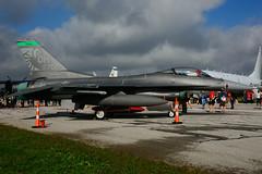 USAF 90-0702 (Ohio ANG) (Steelhead 2010) Tags: usaf 900702 generaldynamics f16 f16c yxu fightingfalcon stingers ohioang