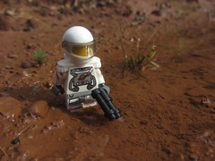 Exploring a new world (Marley Mac) Tags: lego marleymac mini fig figure minifig minifigure outside nature new world exploring outdoors space scifi dirt whitesuit cs classicspace classic mud
